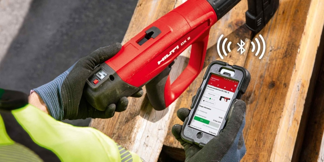 DX 5 powder actuated tool with Connect app