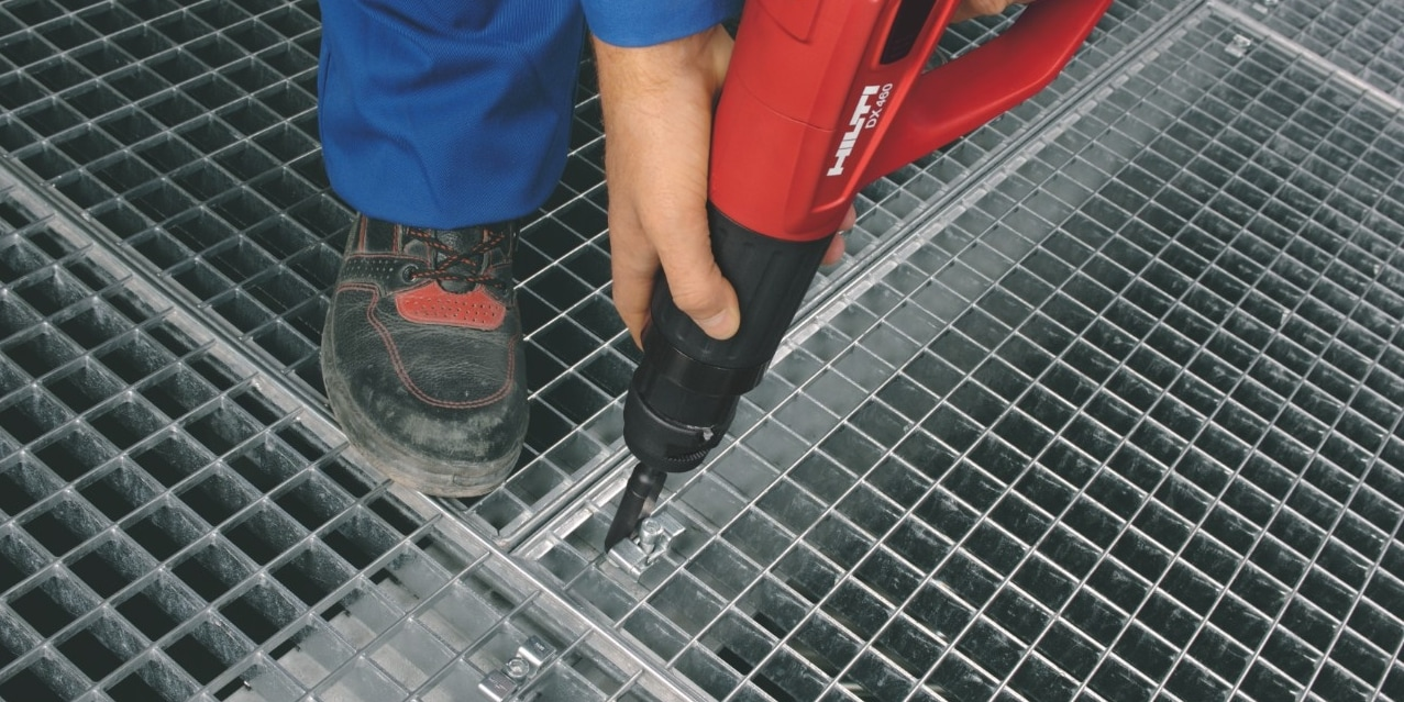 Fixing gratings and checker plates with Hilti direct fastening tools